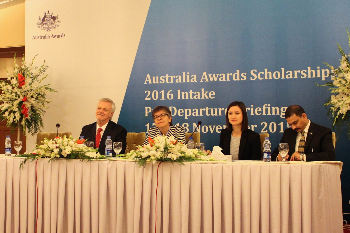 (L to R) Tony Crooks, Manager Australia Awards and Australian High Commissioner Margaret Adamson with other officials at pre-departure briefing of Pakistani students in Islamabad. Photo by Sana Jamal