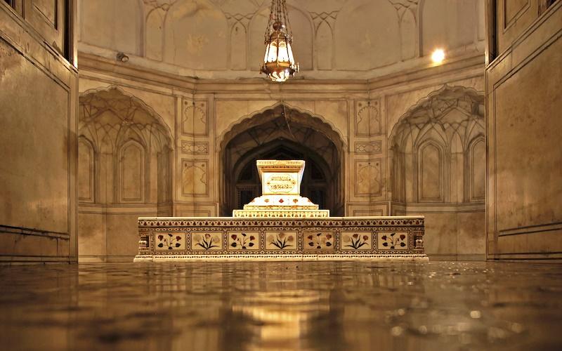 Tomb of Jahangir in Lahore. - Photo by Sohaib Tahir