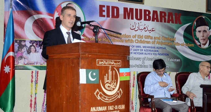 Ambassador of Azerbaijan H.E. Mr. Ali Alizada bring gifts for underprivelged gifts on Eid ul Adha