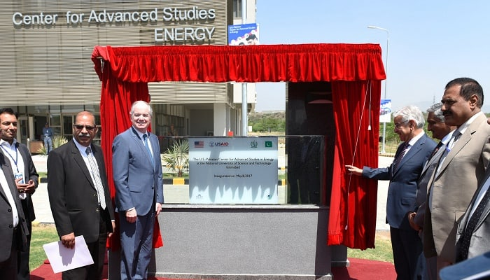 USAID Mission Director John Groarke Inaugurates New Research Center for Energy at the National University of Sciences and Technology in Islamabad on May 8, 2017.