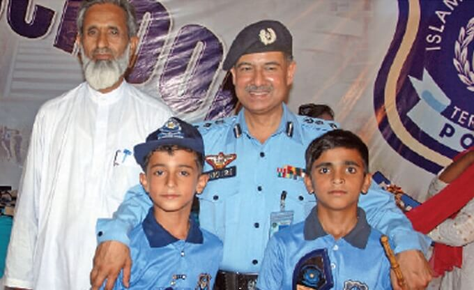 Sultan Azam Temuri appointed new Islamabad IG